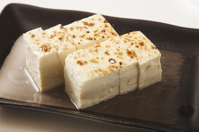 豆腐 タンパク質 木綿 「木綿と絹ごしって何が違う? 」木綿豆腐と絹ごし豆腐の違いと豆知識